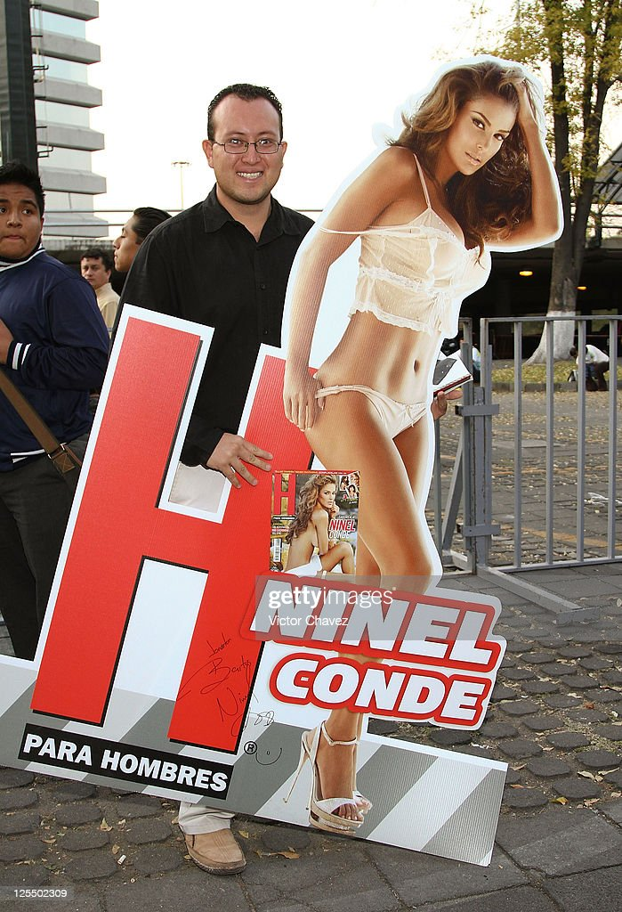 Atmosphere during the Ninel Conde 'H Para Hombres' magazine signing at Plaza Cuicuilco on November 16, 2010 in Mexico City, Mexico.