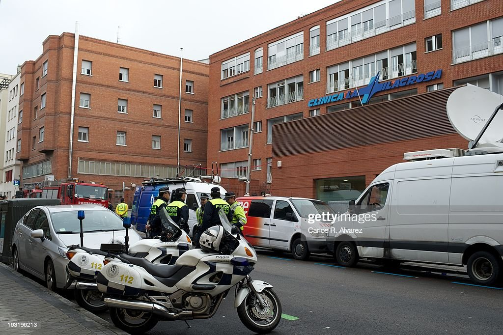 Atmosphere outside La Milagrosa Hospital on March 6, 2013 in Madrid, Spain. Emergency services attended to a fire at the La Milagrosa clinic, where King Juan Carlos is recovering from a hernia operation, this morning. Five people were injured in the blaze that resulted from an oxygen tank explosion which was stored on the ground floor of the center.Ê