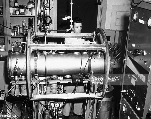 Atomic Beam Clock