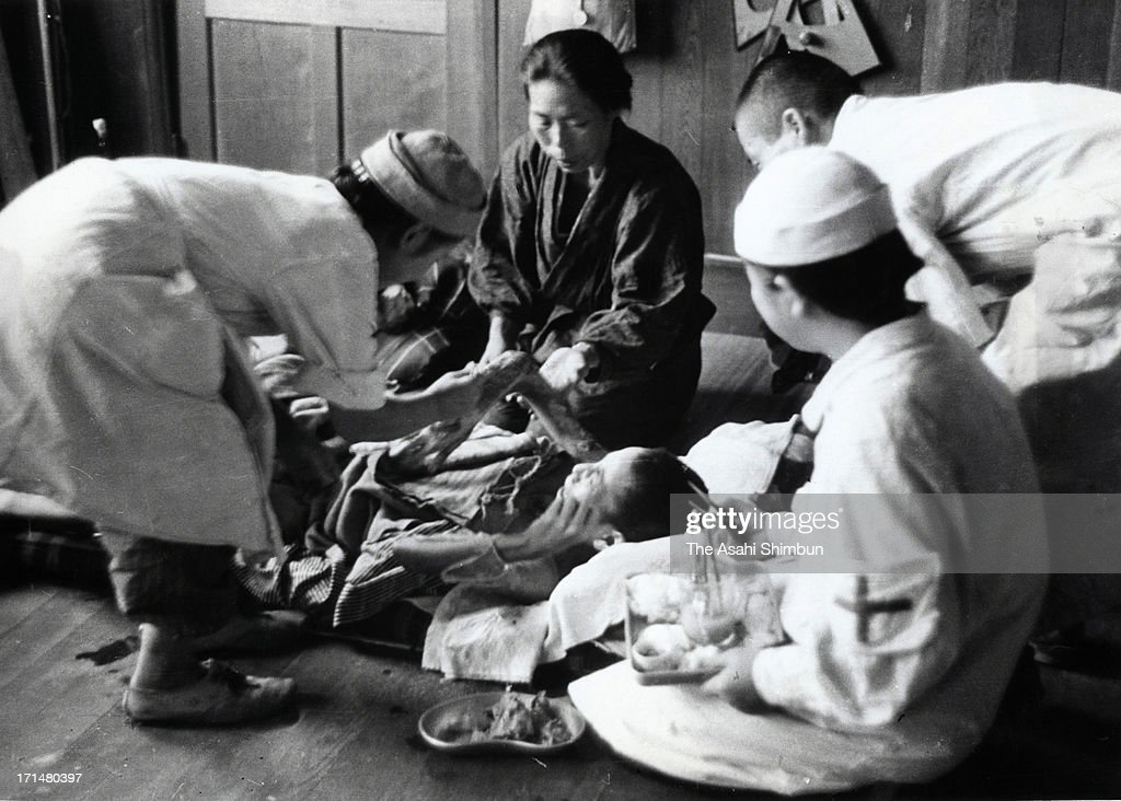 the story of six people who survived the hiroshima atomic bomb Several survivors shared their stories survivors recount horrors of hiroshima and nagasaki was 6 when the atomic bomb destroyed her home in.