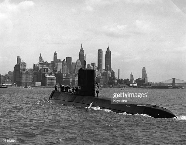 Atomic submarine USS Nautilus enters New York Harbour Orginal Artist Official US Navy Photograph