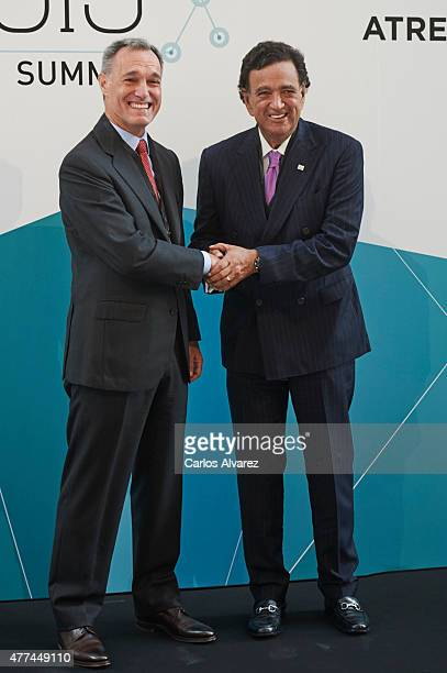 Atresmedia CEO Silvio Gonzalez and former USA New Mexico Governor Bill Richardson attend the Management Business Summit 2015 at the Palacio Municipal...