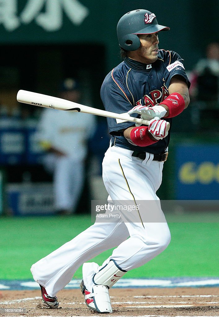 <a gi-track='captionPersonalityLinkClicked' href=/galleries/search?phrase=Atsunori+Inaba&family=editorial&specificpeople=4009767 ng-click='$event.stopPropagation()'>Atsunori Inaba</a> of Japan at bat during the World Baseball Classic First Round Group A game between Brazil and Japan at Fukuoka Yahoo! Japan Dome on March 2, 2013 in Fukuoka, Japan.