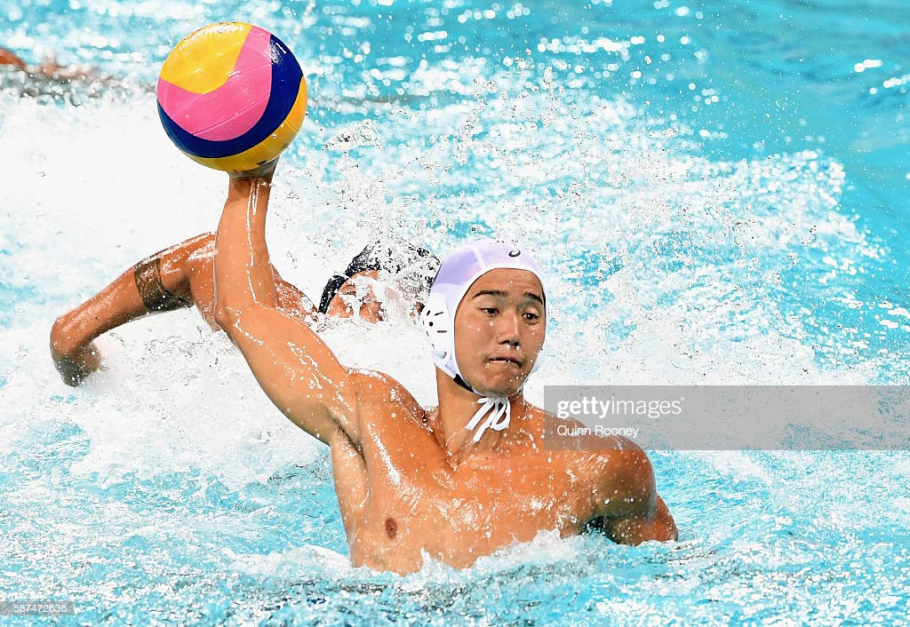Atsushi Arai of Japan shoots for goal during the Men's Prelimimary Round Group B match between Japan and Brazil on Day 3 of the Rio 2016 Olympic Games at Maria Lenk Aquatics Centre on August 8, 2016 in Rio de Janeiro, Brazil.