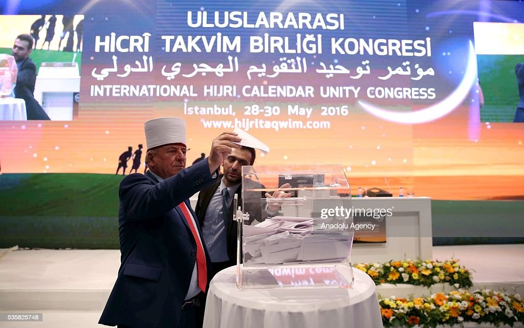 Attendees cast their votes for a unified calendar for Muslim worship is seen during the International Hijri Calendar Unity Congress organized by the Turkish Presidency of Religious Affairs, European Council For Fatwa and Research, Bogazici University Kandilli Observatory and Islamic Crescents Observation Project in Istanbul, Turkey on May 30, 2016.