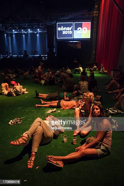Chill out music stock photos and pictures getty images - Chill out barcelona ...