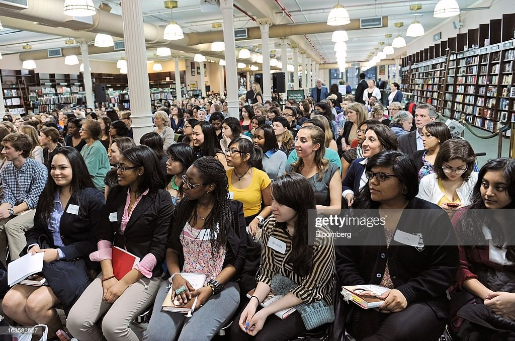 Attendees wait to hear Sheryl Sandberg, chief operating officer of Facebook Inc., unseen, speak about her new book 'Lean In' at a Barnes & Noble Inc. store in New York, U.S., on Tuesday, March 12, 2013. Sandberg's book, released on March 11, advises women to get over their ambivalence about being ambitious, think big and take risks. Photographer: Peter Foley/Bloomberg via Getty Images