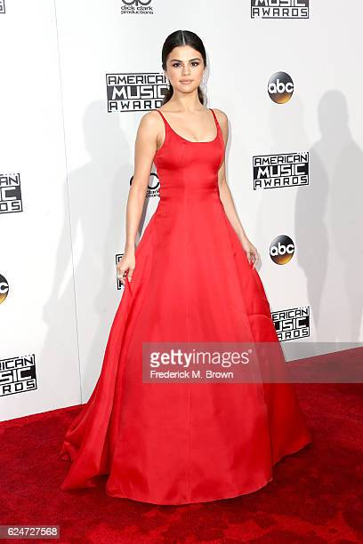 attends the 2016 American Music Awards at Microsoft Theater on November 20 2016 in Los Angeles California