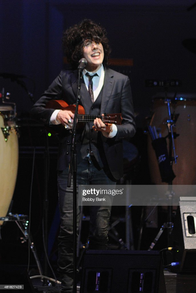 L.P. attends The Music of Paul Simon at Carnegie Hall on March 31, 2014 in New York City.