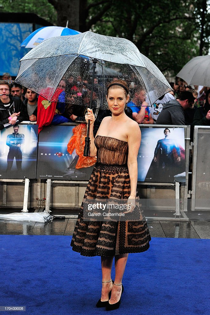 <<attends the UK Premiere of 'Man of Steel' at Odeon Leicester Square on June 12, 2013 in London, England.>>