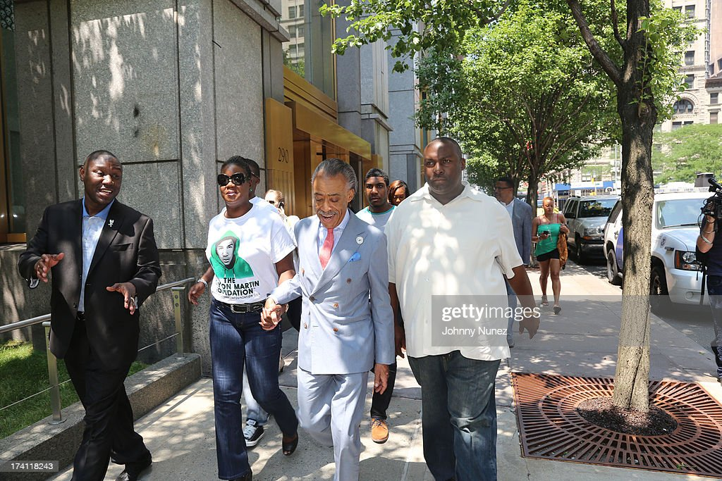 Attorney <a gi-track='captionPersonalityLinkClicked' href=/galleries/search?phrase=Benjamin+Crump+-+Attorney&family=editorial&specificpeople=9042867 ng-click='$event.stopPropagation()'>Benjamin Crump</a>, <a gi-track='captionPersonalityLinkClicked' href=/galleries/search?phrase=Sybrina+Fulton&family=editorial&specificpeople=9024062 ng-click='$event.stopPropagation()'>Sybrina Fulton</a>, <a gi-track='captionPersonalityLinkClicked' href=/galleries/search?phrase=Al+Sharpton&family=editorial&specificpeople=202250 ng-click='$event.stopPropagation()'>Al Sharpton</a> and attorney Daryl Parks attend National Action Network 100 City 'Justice For Trayvon' Vigil on July 20, 2013 in New York City.