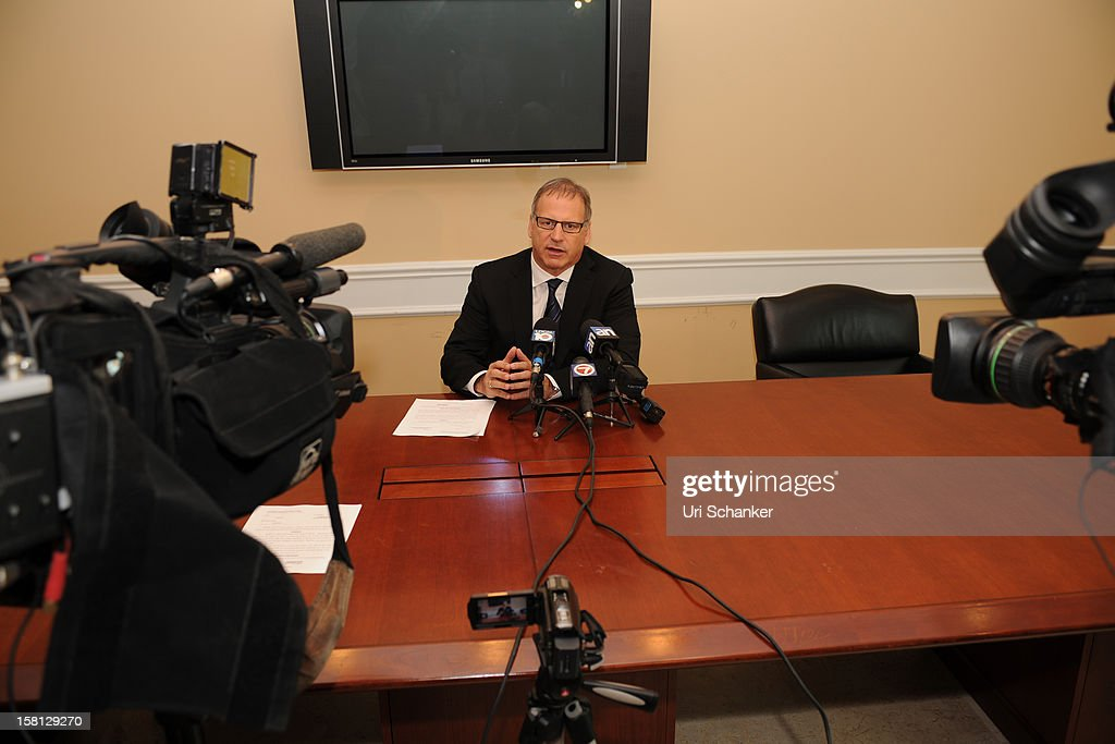 Attorney Jeff Herman speaks during a press conference regarding the forth child sex abuse claim against Elmo puppeteer Kevin Clash on December 10, 2012 in Aventura, Florida.