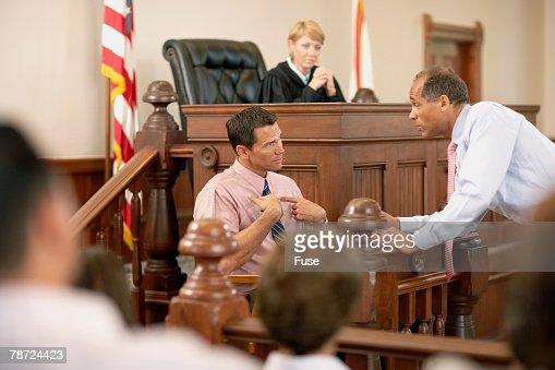 веред Заинтересованный свидетель в уголовном процессе там, согласно