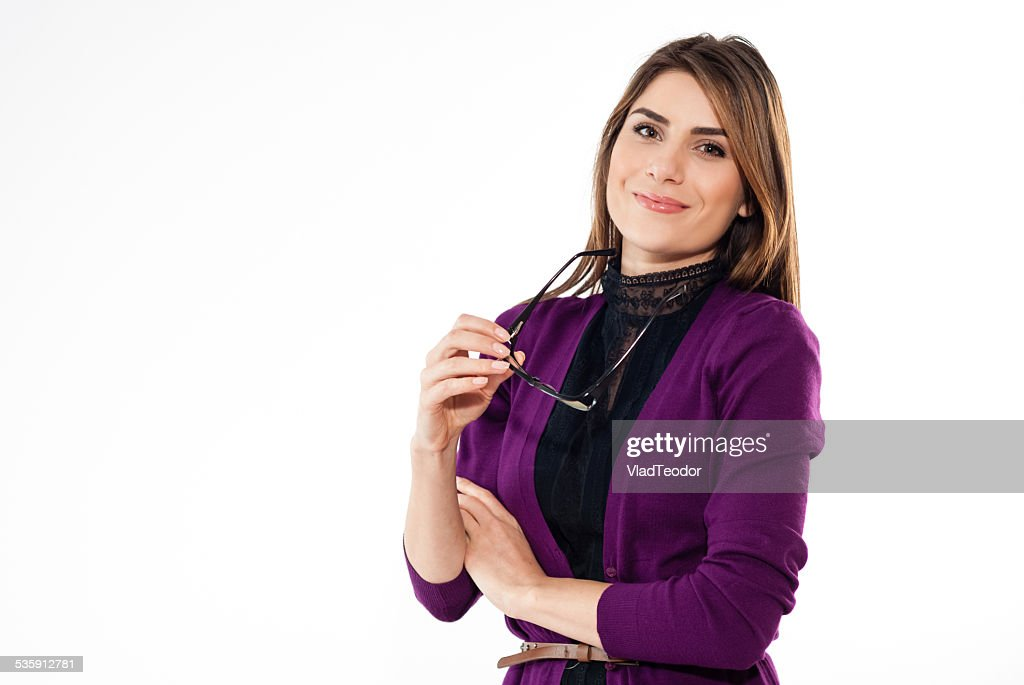 Negócio atraente mulher sorridente contra fundo de espaço de cópia : Foto de stock