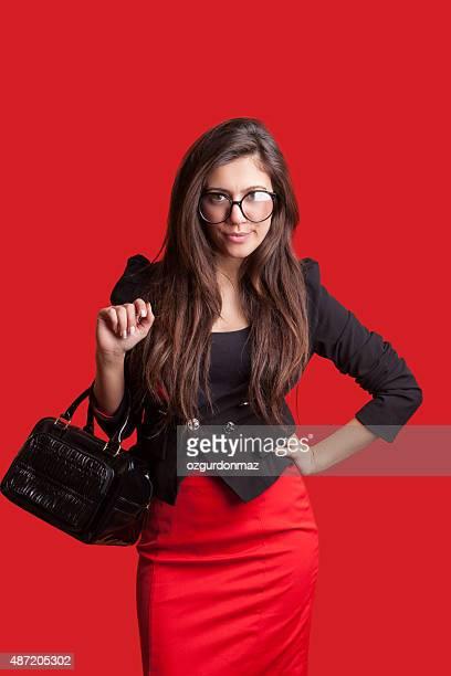 魅力的な女性に赤