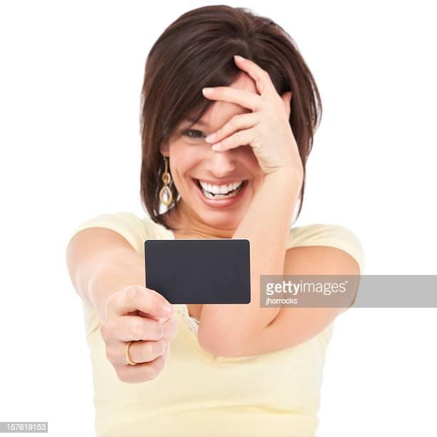 Attraktive junge Frau mit leeren Kreditkarte