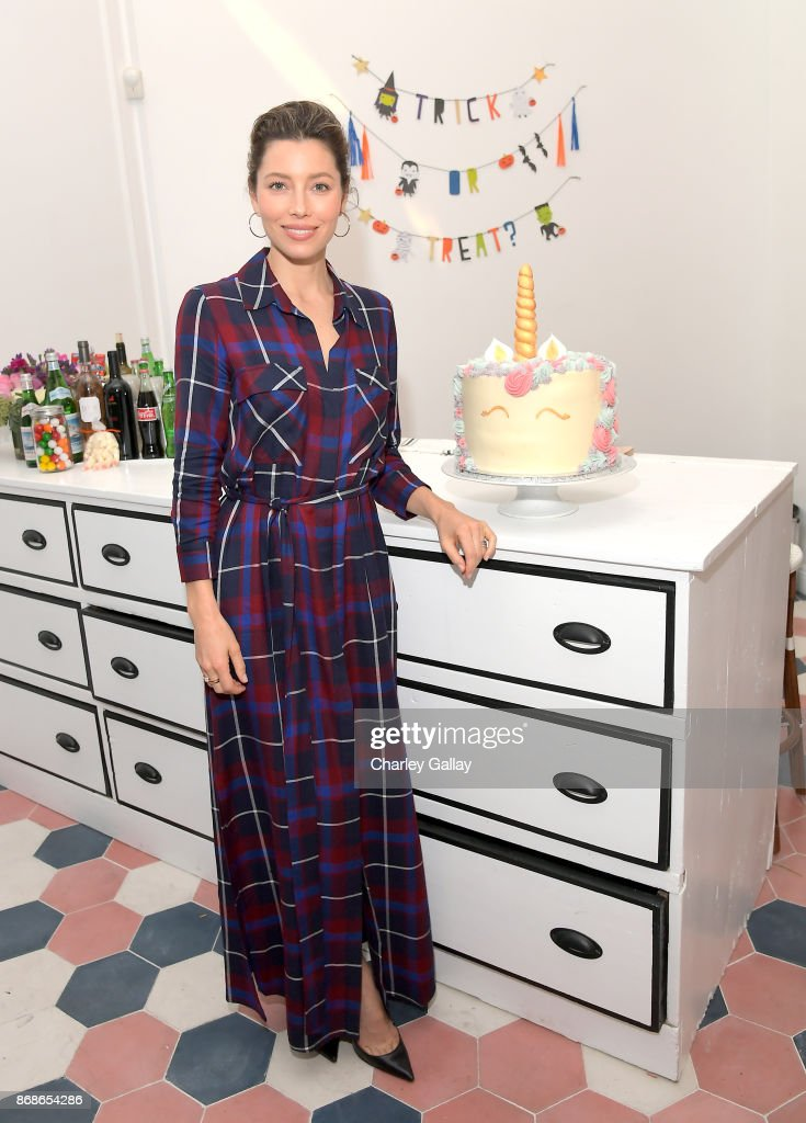 Au Fudge partner Jessica Biel attends the Halloween launch party for Au Fudge CAMP in Los Angeles on October 30, 2017 in West Hollywood, California.
