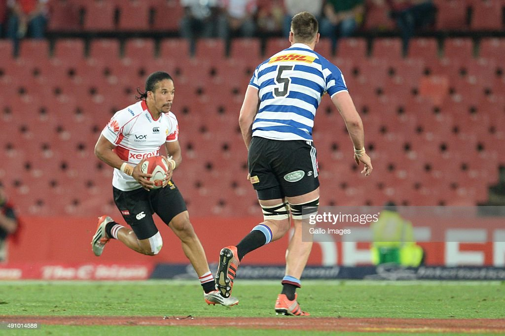 Auan Botha of WP and Courtnall Skosan of Lions during the Absa Currie Cup match between Xerox Golden Lions and DHL Western Province Emirates Airline...