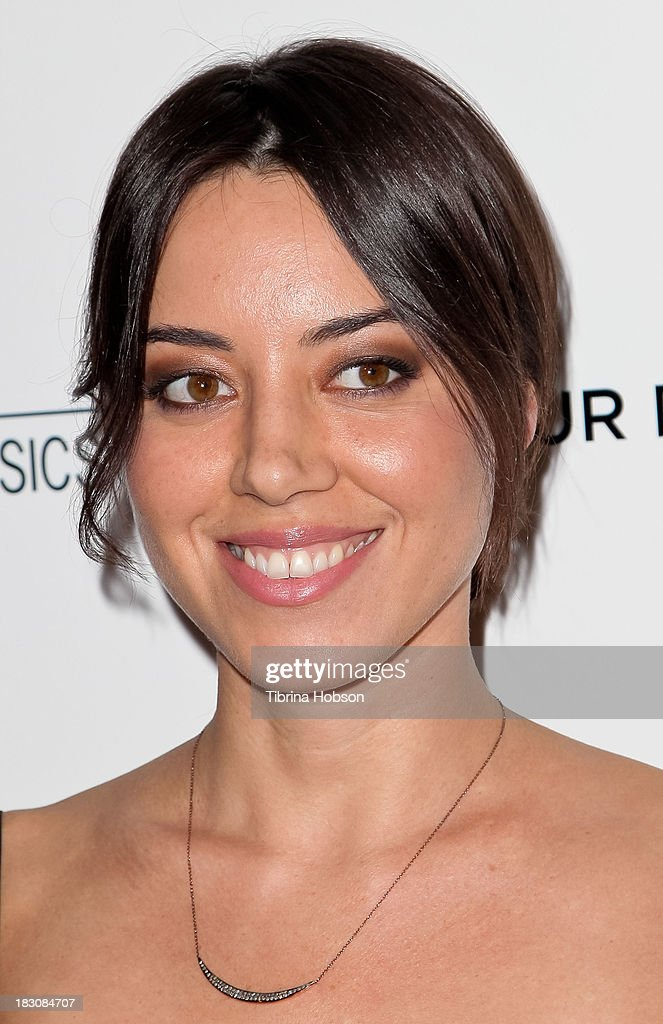 Aubrey Plaza attends the 'Kill Your Darlings' Los Angeles premiere at Writers Guild Theater on October 3 2013 in Beverly Hills California