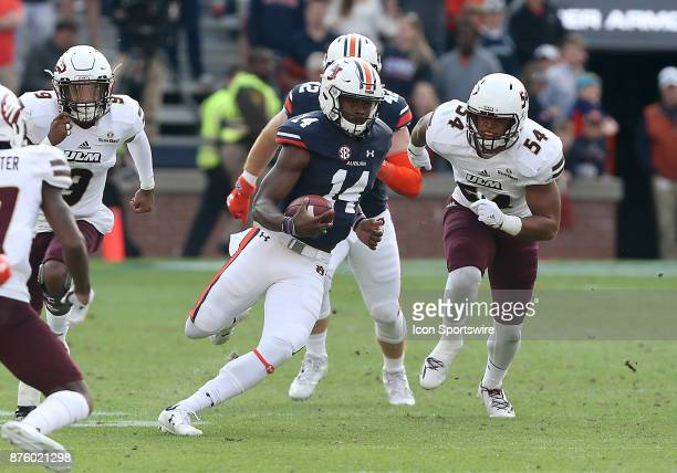 Auburn Tigers quarterback Malik Willis runs the ball for a first down during a football game between the Auburn Tigers and the LouisianaMonroe...