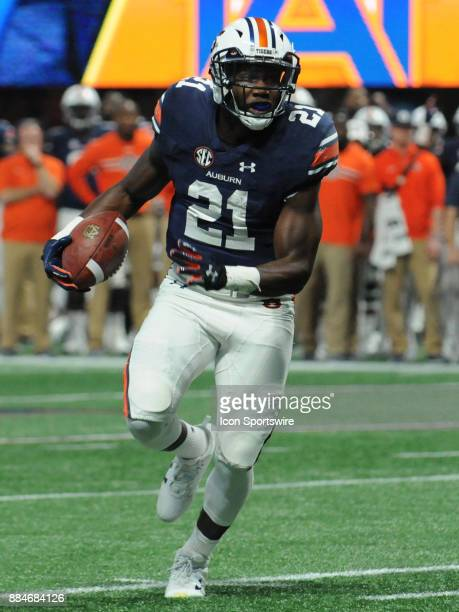 Auburn Tigers running back Kerryon Johnson during the SEC Championship game between the Georgia Bulldogs and the Auburn Tigers on December 02 at...