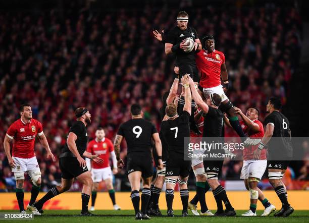 Auckland New Zealand 8 July 2017 Kieran Read of New Zealand takes possession in a lineout ahead of Maro Itoje of the British Irish Lions during the...