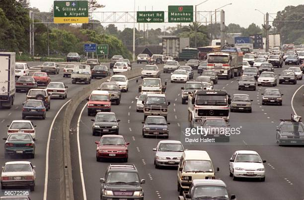 Aucklands traffic congestion Southern Motorway