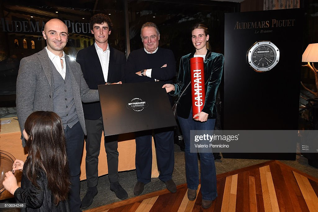 Audemars Piguet Italia CEO Franco Ziviani (C) and Renato Paratore (L) of Italy pose for a photograph with the winners during the Audemars Piguet Snow Golf Exhibition 2016 on February 13, 2016 in Courmayeur, Italy.
