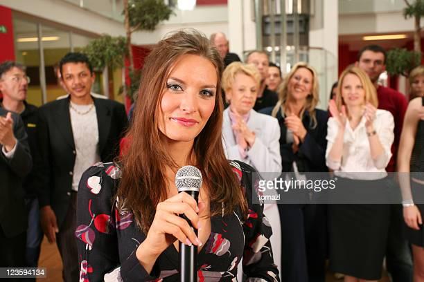 Audience publique et haut-parleur