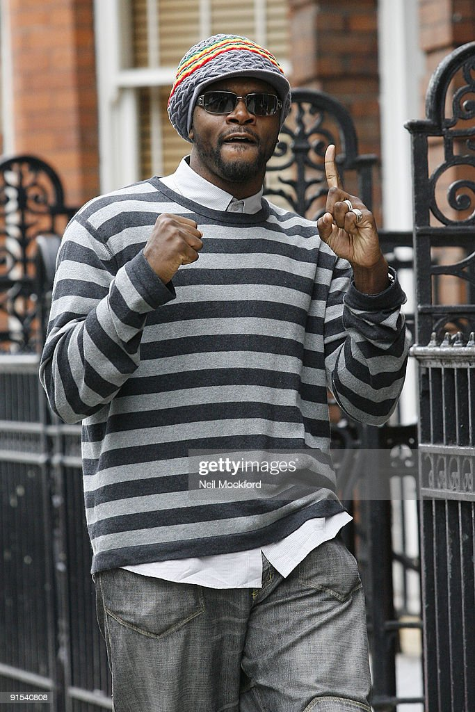 Celebrity Sightings In London - October 07, 2009