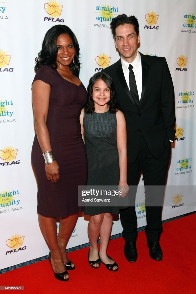 <a gi-track='captionPersonalityLinkClicked' href=/galleries/search?phrase=Audra+McDonald&family=editorial&specificpeople=212782 ng-click='$event.stopPropagation()'>Audra McDonald</a>, Zoe Madeline Donovan and Will Swenson attend PFLAG National's 2012 Straight for Equality Awards gala at the Marriott Marquis Times Square on April 2, 2012 in New York City.