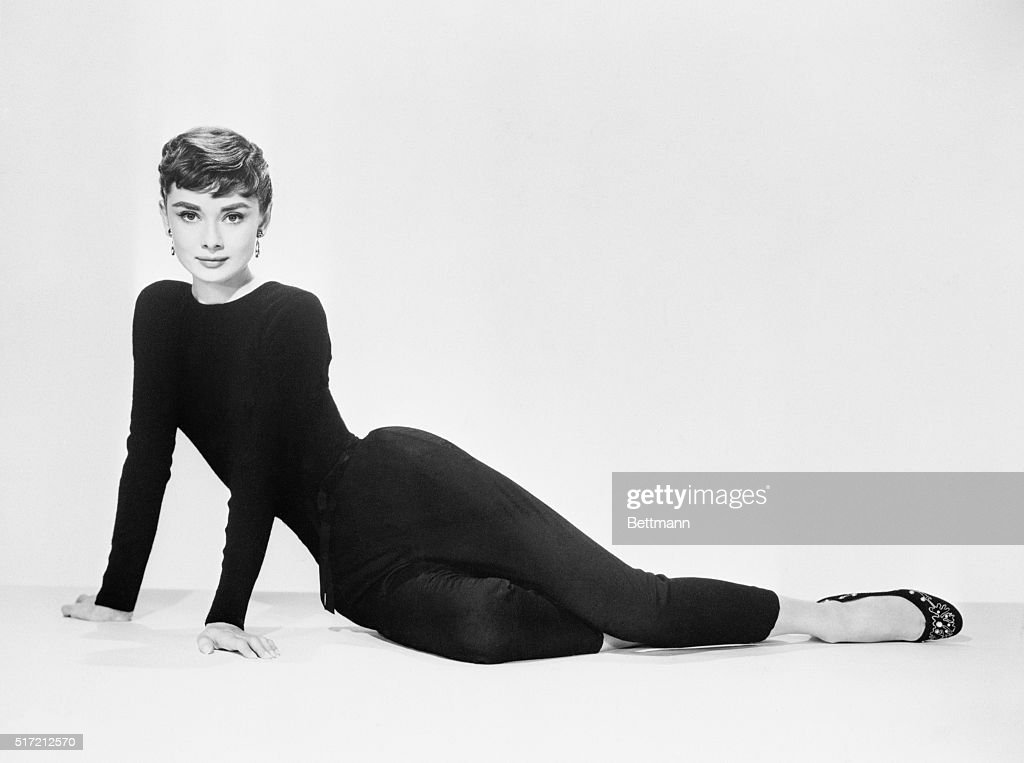 <a gi-track='captionPersonalityLinkClicked' href=/galleries/search?phrase=Audrey+Hepburn&family=editorial&specificpeople=86470 ng-click='$event.stopPropagation()'>Audrey Hepburn</a> poses for her publicity photo to promote the film Sabrina.