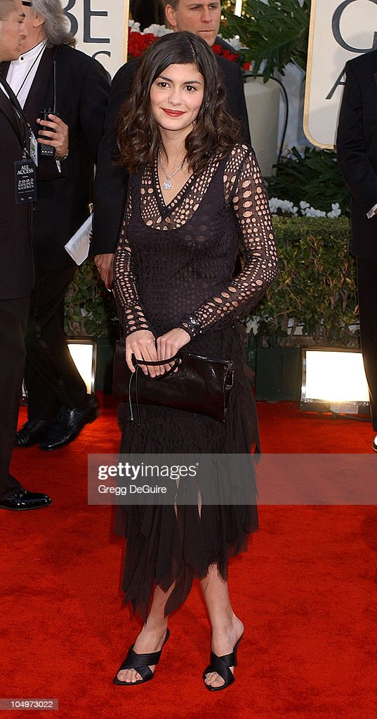 <a gi-track='captionPersonalityLinkClicked' href=/galleries/search?phrase=Audrey+Tautou&family=editorial&specificpeople=212727 ng-click='$event.stopPropagation()'>Audrey Tautou</a> arrives for the Golden Globe Awards at the Beverly Hilton Hotel in Beverly Hills, California January 20, 2002.