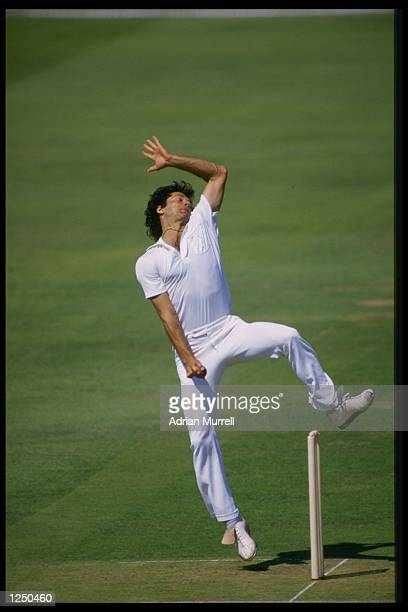Imran Khan bowls for the Rest Of The World X1 against the MCC at Lords during the Bicentenary Match Mandatory Credit Adrian Murrell/Allsport UK