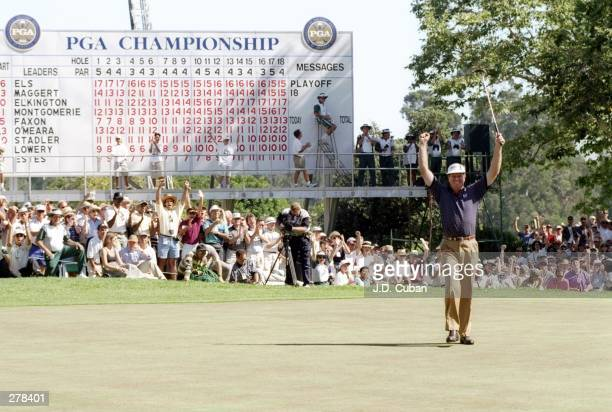 Steve Elkington celebrates during the PGA Championships at the Riviera Country Club in Los Angeles Caifornia Mandatory Credit JD Cuban /Allsport