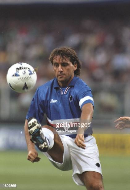 Roberto Mancini of Sampdoria in action during a Friendly match against Chelsea at the Luigi Ferraris Stadium in Genoa Italy Mandatory Credit Allsport...