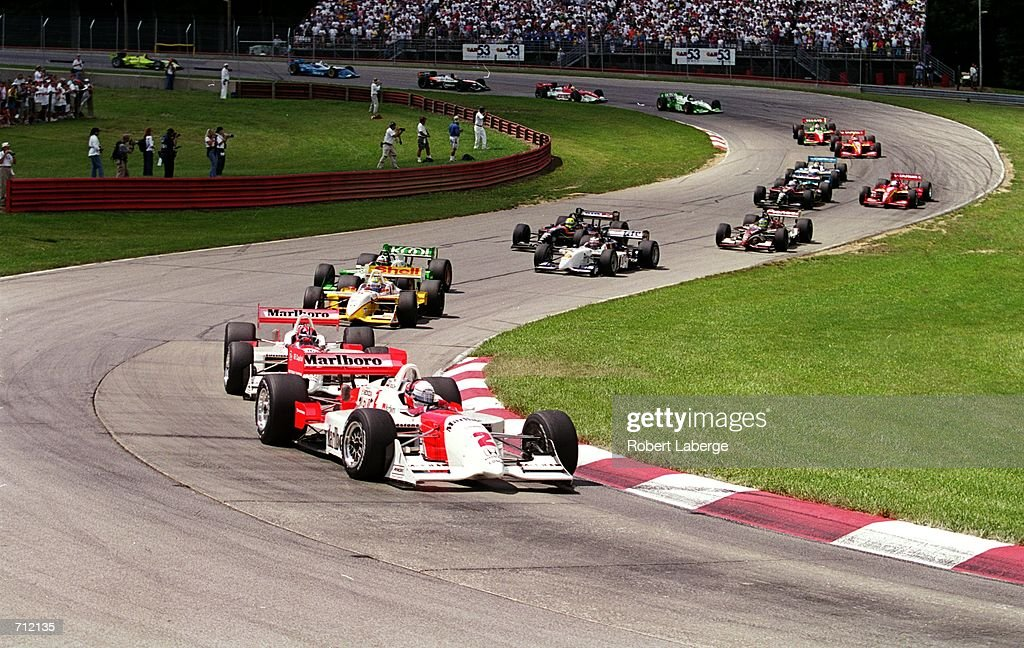 A general view of the race start during the Miller Lite 200 part of the 2000 CART FedEx Championship Series at the MidOhio Sports Car Course in...
