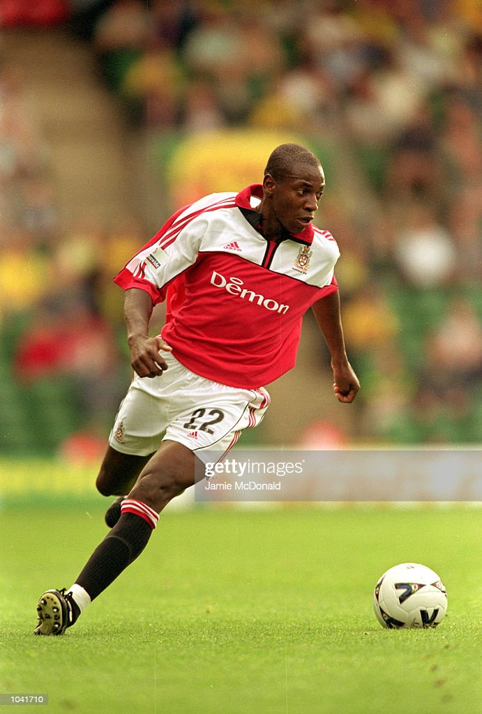 Luis Boa Morte of Fulham in action during the Nationwide League Division One match against Norwich at Carrow Road, in Norwich, England. Fulham won the match 1-0. \ Mandatory Credit: Jamie McDonald /Allsport