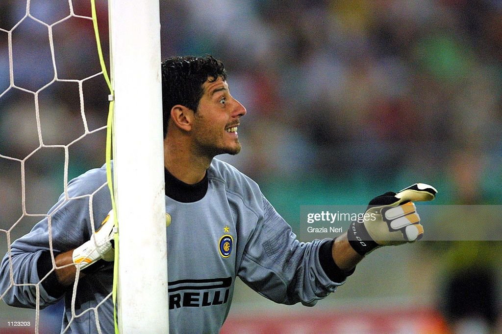 http://media.gettyimages.com/photos/aug-2001-francesco-toldo-of-inter-milan-in-action-during-the-birra-picture-id1123203
