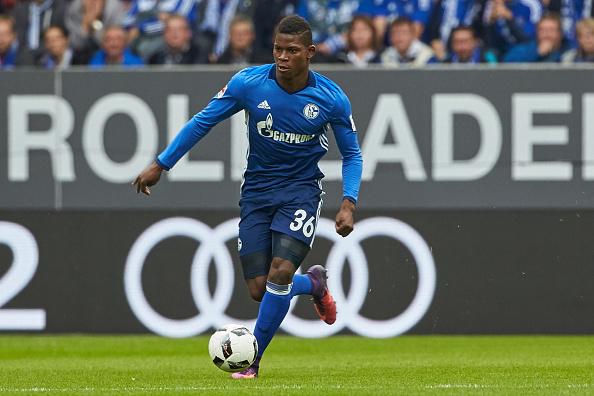 BL: FC Augsburg - FC Schalke 04 : News Photo