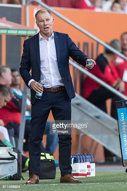 Augsburg Deutschland Bundesliga 5Spieltag FC Augsburg SV Darmstadt 98 Geschaeftsfuehrer Sport Stefan Reuter