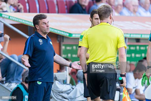 Augsburg Deutschland Bundesliga FC Augsburg VfL Wolfsburg Cheftrainer Dieter Hecking fordert Elfmeter