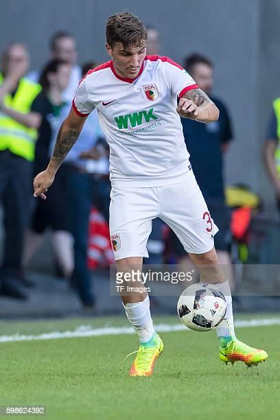 Augsburg Deutschland Bundesliga FC Augsburg VfL Wolfsburg Konstantinos Stafylidis