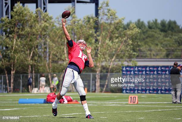 New England Patriots quarterback Tom Brady launches a bomb during New England Patriots training camp