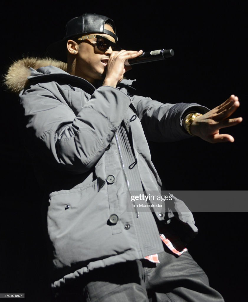 August Alsina performs in advance of his 'Testimony' release at The Fox Theatre on February 18 2014 in Oakland California