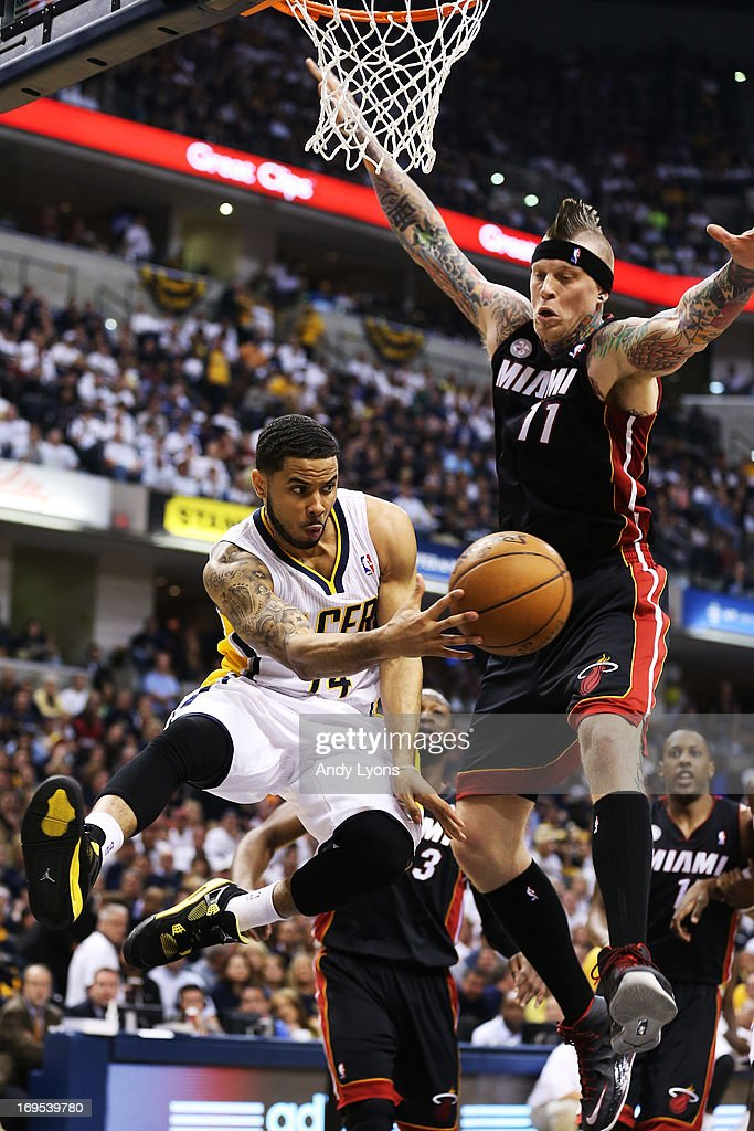 <a gi-track='captionPersonalityLinkClicked' href=/galleries/search?phrase=D.J.+Augustin&family=editorial&specificpeople=3847521 ng-click='$event.stopPropagation()'>D.J. Augustin</a> #14 passes to David West #21 of the Indiana Pacers around Chris Andersen #11 of the Miami Heat during Game Three of the Eastern Conference Finals at Bankers Life Fieldhouse on May 26, 2013 in Indianapolis, Indiana.