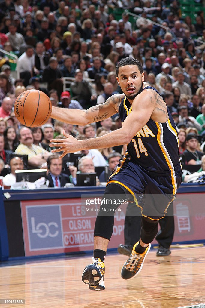 D.J. Augustin #14 the Indiana Pacers drives against the Utah Jazz at Energy Solutions Arena on January 26, 2013 in Salt Lake City, Utah.