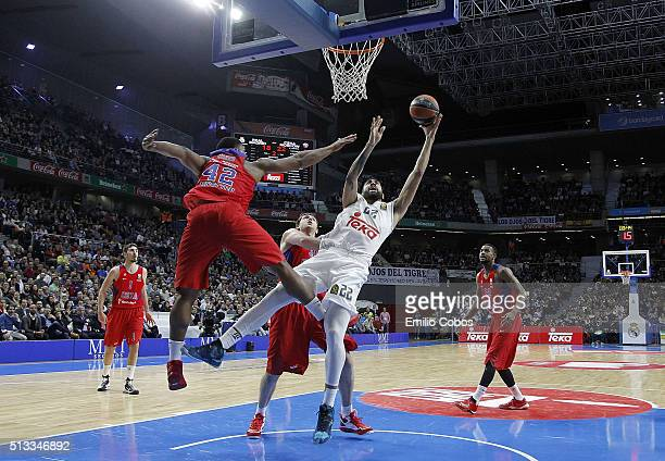 Augusto Cesar Lima #22 of Real Madridin action during the 20152016 Turkish Airlines Euroleague Basketball Top 16 Round 9 game between Real Madrid v...