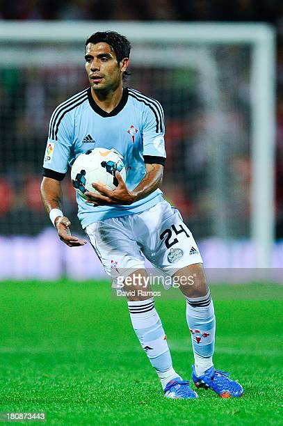 Augusto Fernandez of RC Celta de Vigo looks on during the La Liga match between Athletic Club and RC Celta de Vigo at San Mames Stadium on September...