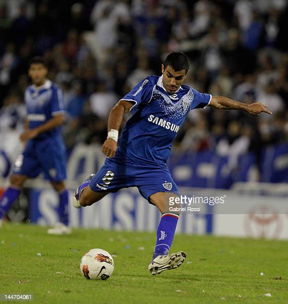Augusto Fernandez of Velez Sarsfield in action during the match between C A Velez Sarsfield and Santos FC as part of the Copa Libertadores de America...